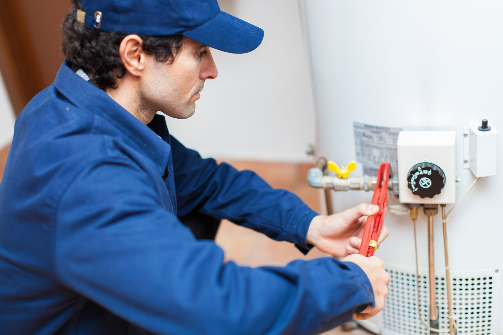 Common Causes of Water Heater Problems You Need to Address Quickly